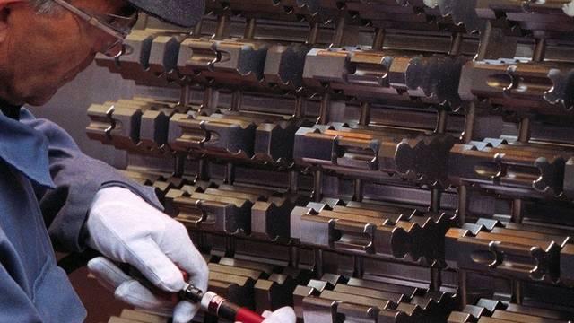 Das Gros der Versicherungsabschlüsse stammt aus der Maschinen-, Elektro- und Metallindustrie (Symbolbild)