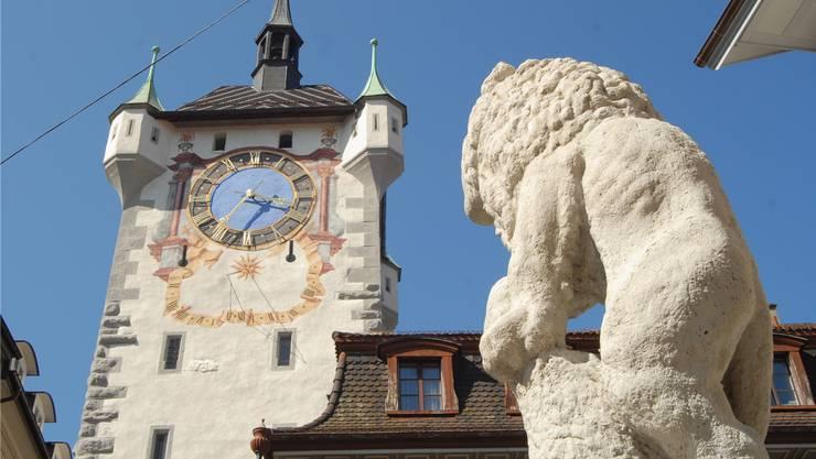 Stadtturm und Löwenbrunnen: Baden punktet mit seinem einzigartigen Kulturangebot und dem Charme der Altstadt. Nun will die historische Stadt auch digital glänzen.