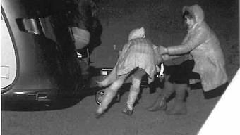Eine Überwachungskamera hielt den Diebstahl fest.