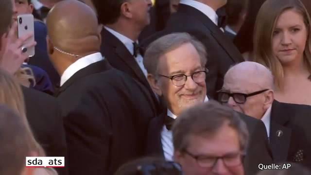 Hollywood-Stars auf dem roten Teppich bei der Oscar-Verleihung