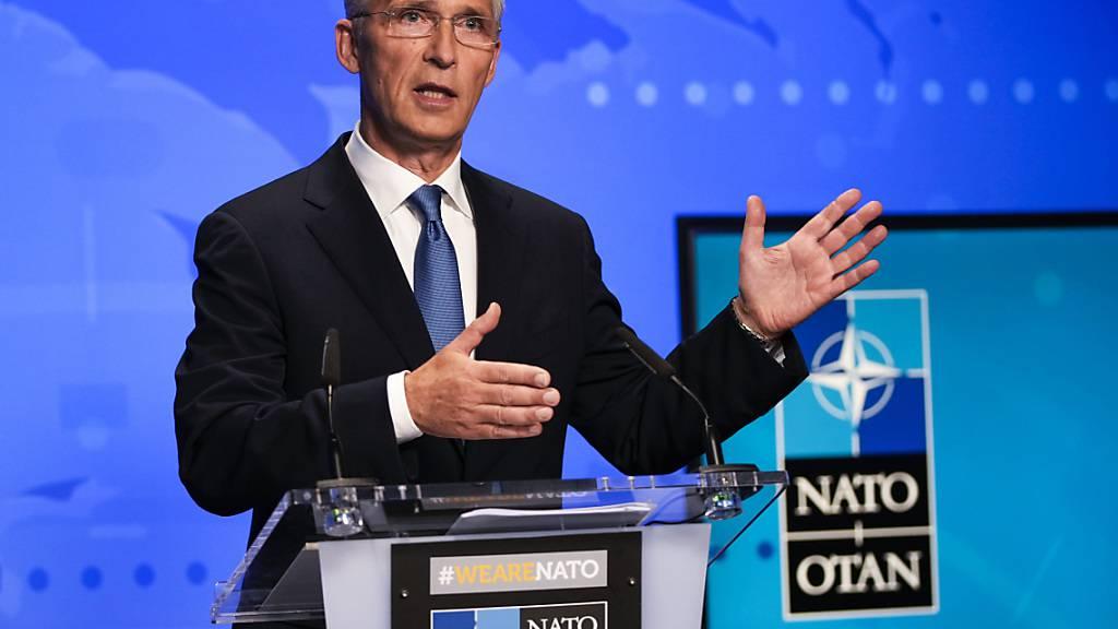 ARCHIV - Jens Stoltenberg, Nato-Generalsekretär, spricht bei einer Online-Pressekonferenz im NATO-Hauptquartier. Foto: Francisco Seco/Pool AP/dpa