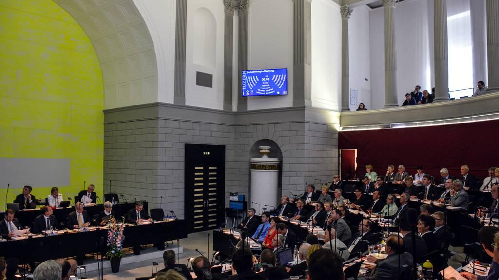Luzerner Parlament soll Sparmassnahmen diskutieren