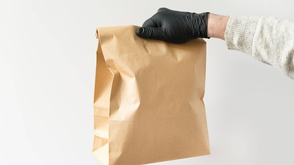 Rentner übergibt der Polizei einen Sack voller Drogen