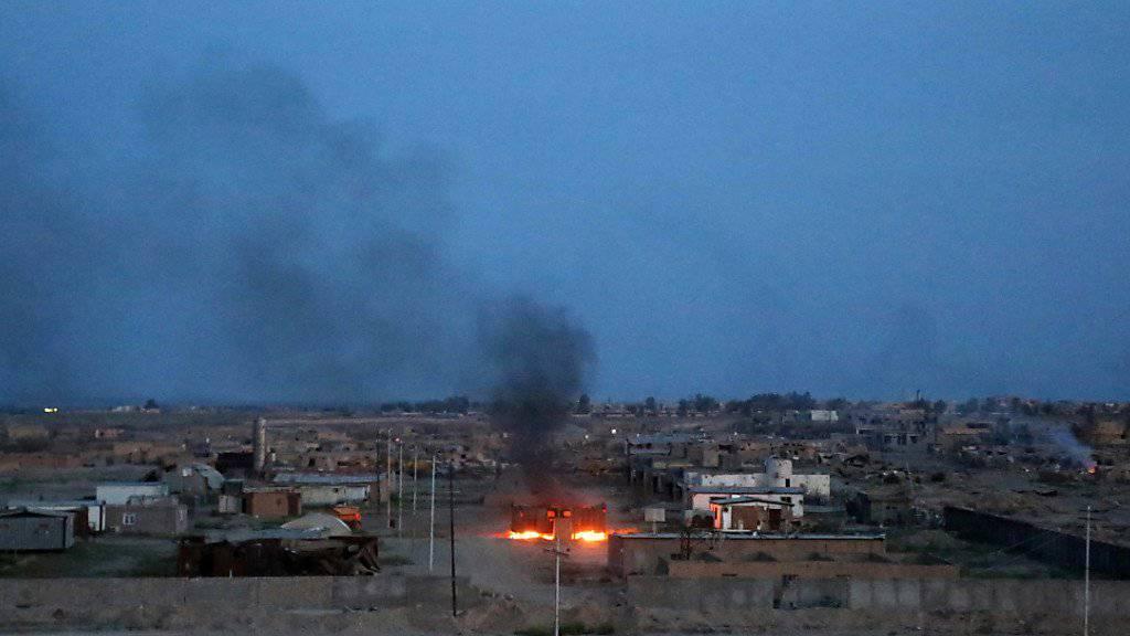 Gewalt unweit der irakischen Stadt Tikrit: Bei einem Anschlag auf eine Hochzeitsgesellschaft sterben dutzenden Menschen. (Archivbild)