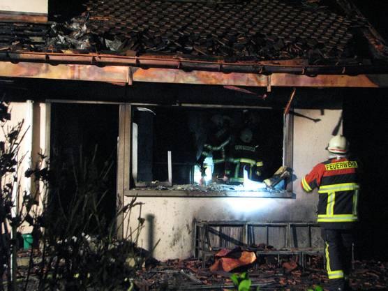 Der Brand richtete einen beträchtlichen Sachschaden an.