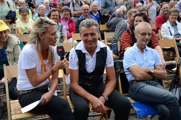 Toni Hasler, Lebenspartner und Coach von Natascha Badmann, befragt von einer Moderatorin