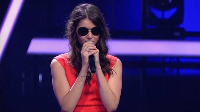 Aufgespritzte Lippen / Blinde Sängerin / Switzerland's next Topmodel
