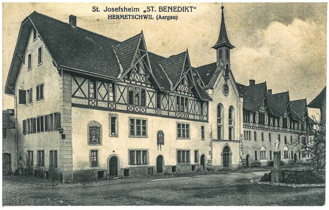 Diese Ansichtskarte vom Kloster Hermetschwil ging an Fräulein Anna Ittensohn in St. Gallen. Aus dem Text geht das Jahr 1923 hervor.