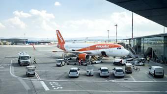 Die Fluggesellschaften, allen voran EasyJet und Wizzair, nehmen nun schrittweise den Betrieb wieder auf, ab 1. Juli sollen wieder rund 80 Destinationen anflugbar sein. (Archivbild)