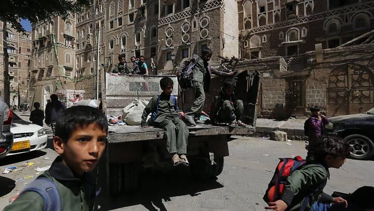 Im kriegszerstörten Land Jemen hat der Präsident in das Regierungsgeschehen eingegriffen und einen neuen Regierungschef ernannt. (Archivbild)
