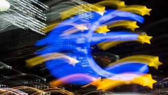 Ob die Massnahme der EZB die gewünschte Wirkung zeigt, darüber gehen die Expertenmeinunugen auseinander.