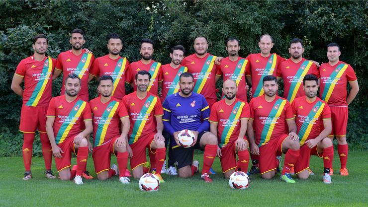 Rot, Grün und Gelb. Der Dress des Kurdischen FC Solothurn zeigt die Nationalfarben Kurdistans.