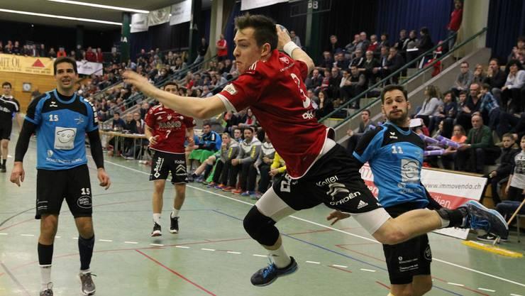 Joël Bräm setzt sich durch und geht in den Abschluss.
