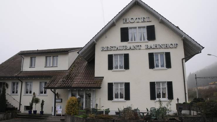 Das Hotel-Restaurant Bahnhof in Felsenau wird zur Asyl-Unterkunft.