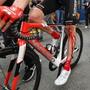 Tom Dumoulin - das linke Knie, hier nach dem Sturz im Giro, lässt einen Start an der Tour de France nicht zu