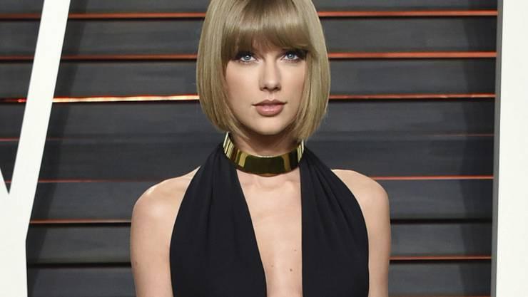 US-Popstar Taylor Swift zeigt gerne viel Haut: Dass sie in ihrem neuen Clip gar ganz nackt sein soll, wird bisher nur gemunkelt. (Archivbild)