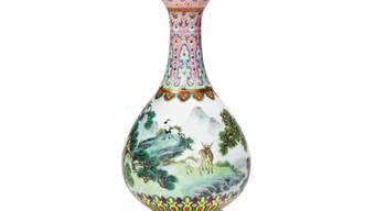 Diese Vase ist am Dienstag bei Sotheby's Paris für 16,2 Millionen Euro versteigert worden. Gerechnet hatte man mit 500'000 bis 700'000. (zVg)
