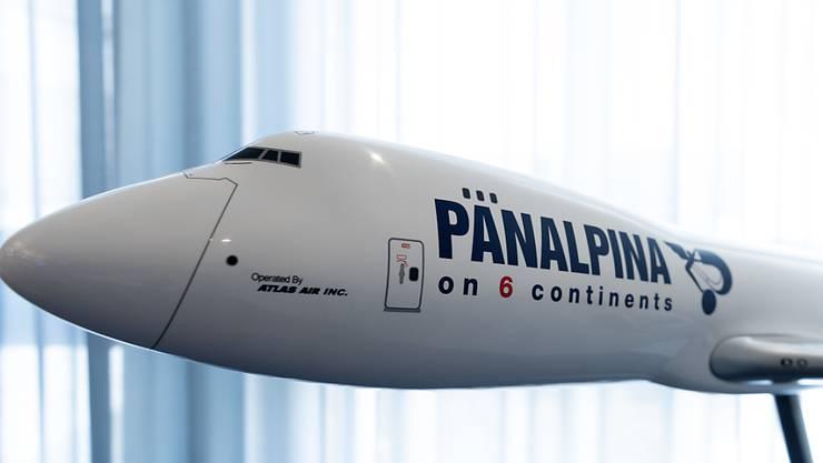 Das Logistikunternehmen Panalpina dürfte schon bald Teil des dänischen DSV-Konzerns sein. Die DSV-Aktionäre haben den Weg für die Übernahme des Basler Konkurrenten frei gemacht.(Archivbild)