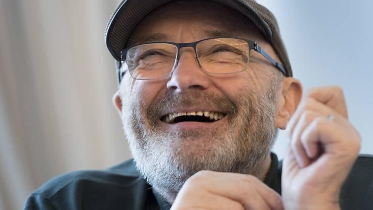 Seit Jahrzehnten im Musikbusiness, mit Genesis und solo: Jetzt wird Phil Collins mit der Ehrendoktorwürde in Graz geehrt. (Archivbild)