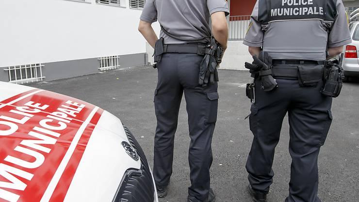 Rund 20 Polizisten waren im Lausanner Sportzentrum Grand-Vennes im Einsatz. (Symbolbild)