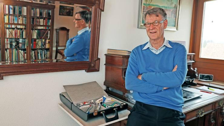 Walter Grete kämpft dagegen, das Ärzte Im Ruhestand nicht mehr tätig sein dürfen.