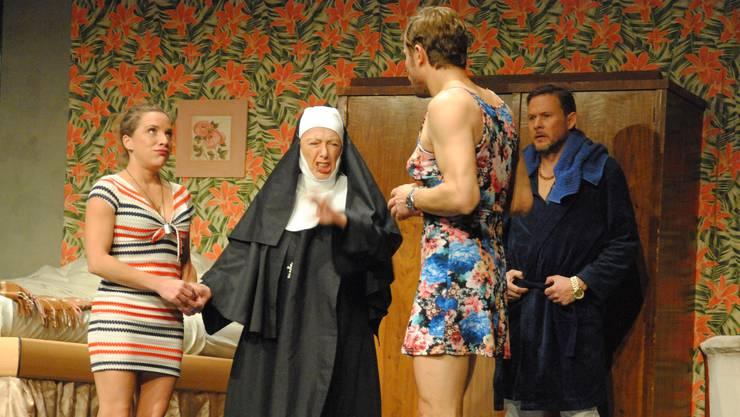 Eine Szene aus dem Stück.