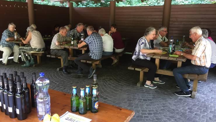 Der Rastplatz Eichlibann war der Treffpunkt zum Grillplausch der Boninger-Senioren