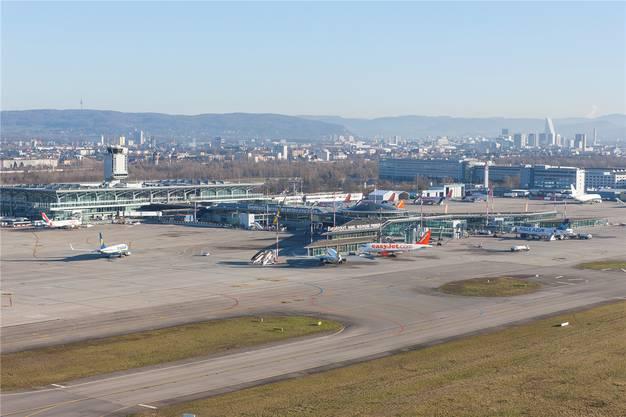 Basel-Stadt hat viel mehr Geld in die Infrastruktur am Euro-Airport investiert als Baselland. So rechtfertigt man in der Stadt die Vormacht im EAP-Verwaltungsrat.