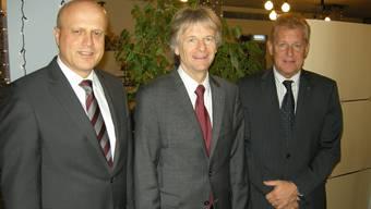 Stiftungspräsident Jean-Daniel Pasche (Mitte), Vize Bruno Meister (r.) und Direktor Markus Gerber.  uz