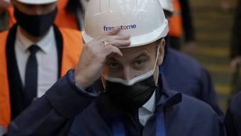 """Der französische Präsident zu Besuch auf der Produktionsstätte für nukleare Reaktoren """"Framatome"""" ."""