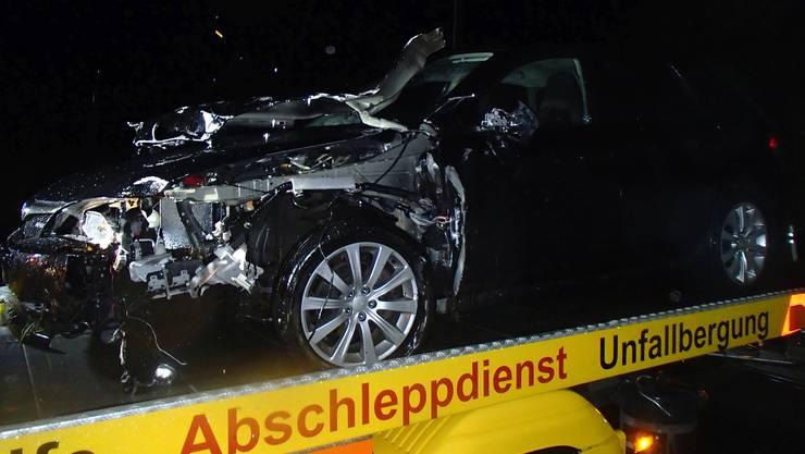 Betrunkener Autofahrer baut Unfall