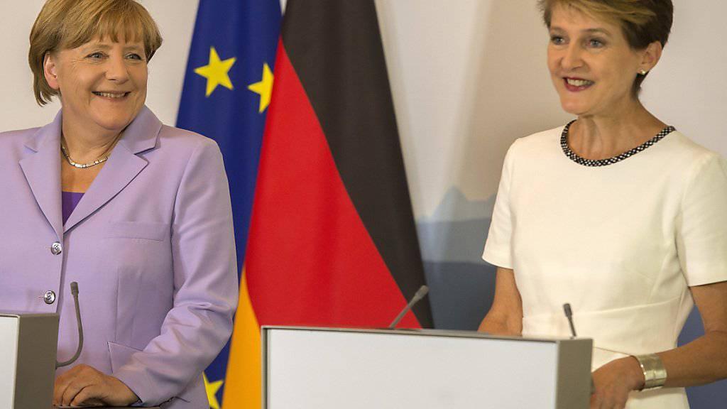 Ein Glanzpunkt in ihrem Jahr als Bundespräsidentin war für Simonetta Sommaruga (rechts) der Besuch der deutschen Bundeskanzlerin Angela Merkel in Bern. (Archivbild)