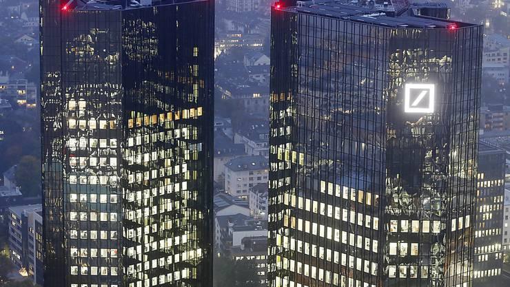 Aufatmen bei der Deutschen Bank: Im US-Hypothekenstreit einigt sich das Geldhaus auf eine Strafe von 3,1 Milliarden Dollar. (Archivbild)
