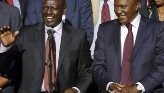Kenias Präsident Uhuru Kenyatta (rechts) in Nairobi (Archiv)