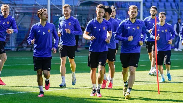 Der FC Basel hat am Montag zum ersten Mal seit zehn Wochen wieder zusammen trainiert.