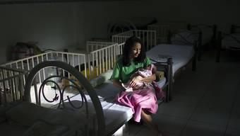 Im Gefängnis geboren: Italienerin hat weniger Glück als diese Brasilianerin, die auf eine Mutter-Kind-Abteilung verlegt wurde (Symbolbild).