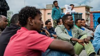 Asylbewerber aus Eritrea im Durchgangszentrum Lumino, Kanton Tessin.
