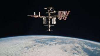 Bild der NASA: Die Internationale Raumstation ISS mit einem angekoppelten Space Shuttle