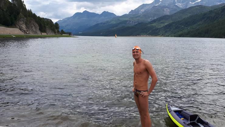 Romano Mombelli durchschwamm sechs Bünder Bergseen. Dies als Vorbereitung auf die Ärmelkanal-Durchquerung, die für den Oktober geplant ist.