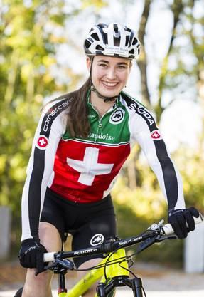 Die 21-jährige Aline Seitz bezeichnet sich trotz Weltcupsieg nach wie vor als Anfängerin auf der Bahn.