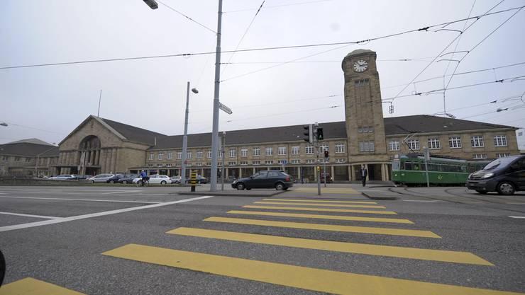 Der Verkehrsknotenpunkt Badischer Bahnhof soll durch den Tramausbau gestärkt werden.