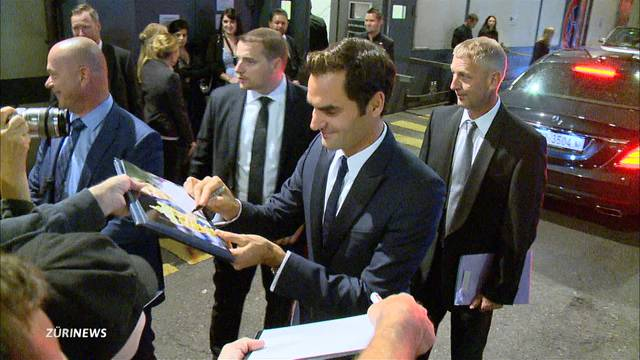 Roger Federer stiehlt allen die Show