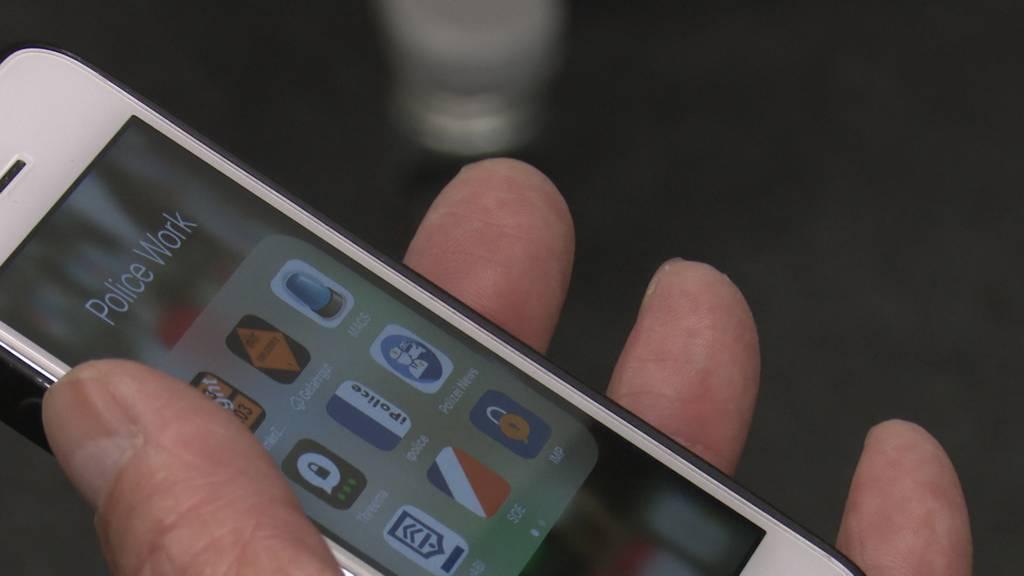 370 neue iPhones für die Zuger Polizei