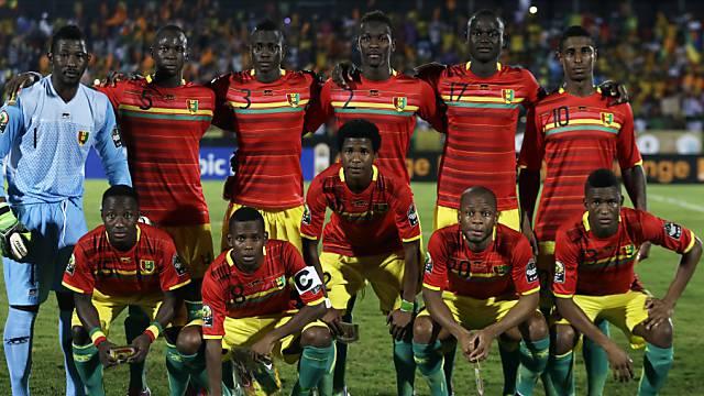 Guineas Nationalmannschaft mit Losglück