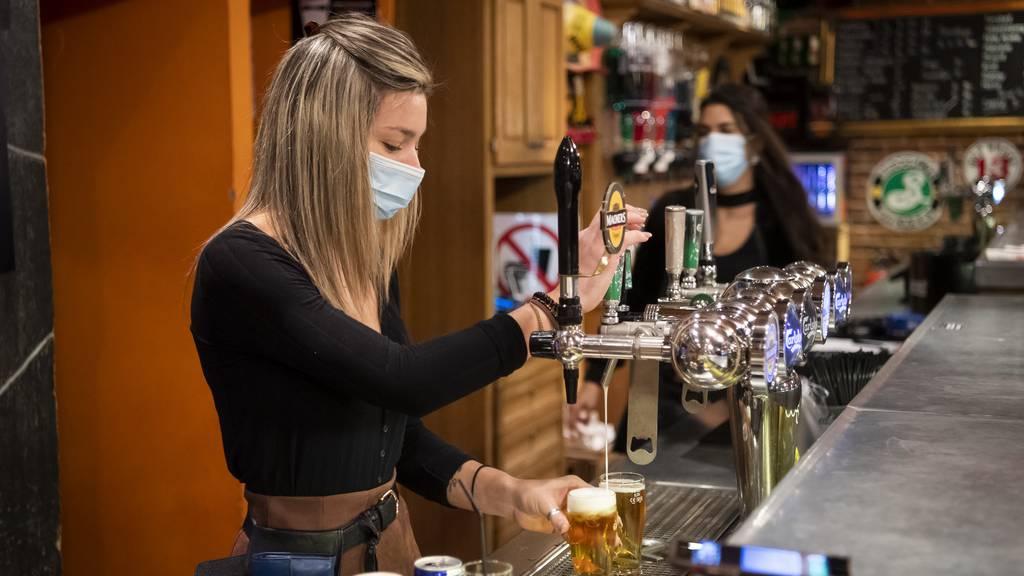 Bioethiker: «Ungeimpfte sollen auf Restaurantbesuche verzichten»