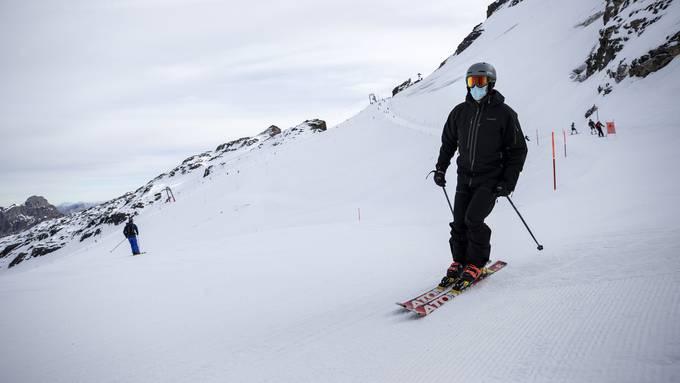 Wird der Wintersport über die Festtage auch in der Schweiz beschränkt? Darüber wird der Bundesrat voraussichtlich am Freitag entscheiden.