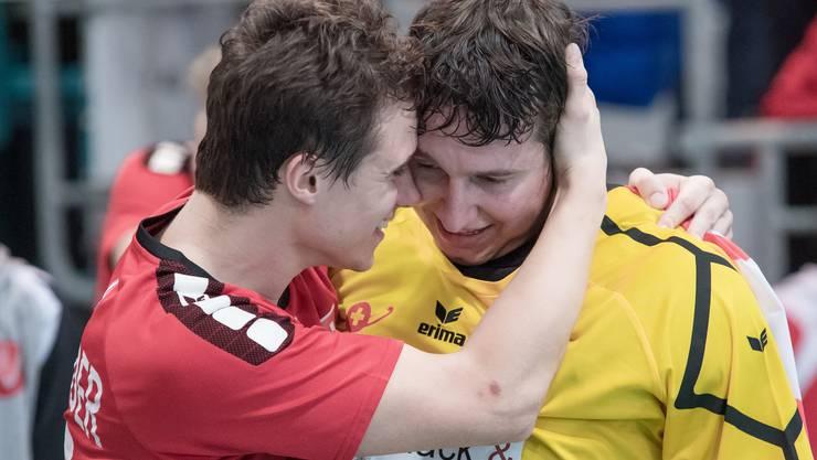 Es ist geschafft, der grosse Traum rückt endlich näher: Die Schweiz sichert sich dank einem 2:1-Sieg über Portugal den Titel und den damit verbundenen Aufstieg.