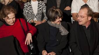 Christine Beerli, Michèline Calmy-Rey und Ivo Kummer bei der Eröffnung.