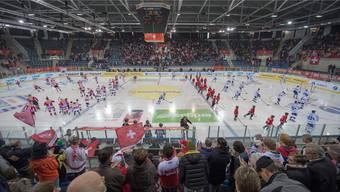 4150 Zuschauer besuchten das WM-Vorbereitungsspiel zwischen der Schweiz und Finnland. Ein solcher Fan-Aufmarsch ist im Basler Eishockey selten geworden.
