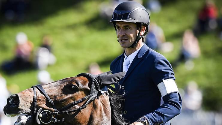 Steve Guerdat verzeichnete noch mit der Armbinde des Weltranglistenersten auf Venard de Cerisy. (Archivbild)